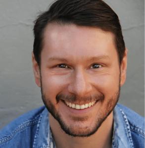 Alan Adelberg Voice Over Actor Headshot